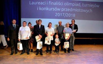 Gala wręczenia nagród dla laureatów ifinalistów olimpiad, turniejów ikonkursów przedmiotowych 2017/2018