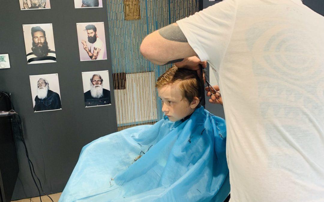 Zżycia wzięte…u fryzjera.